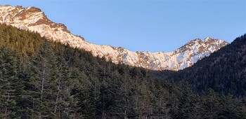 赤岳から稜線