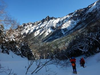 中岳沢から